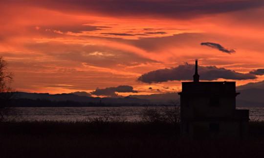 Sonnenuntergang am Neuenburgersee